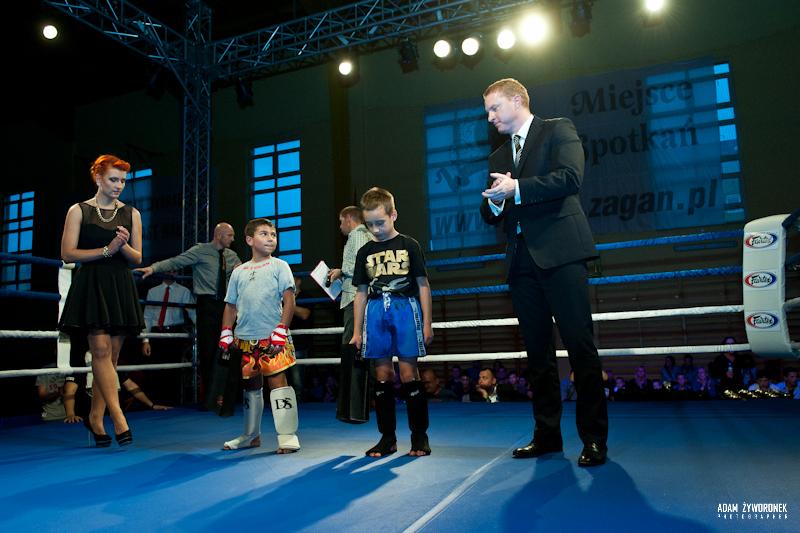 Międzynarodowa Zawodowa Gala Sportów Walki w Żaganiu -1 walka