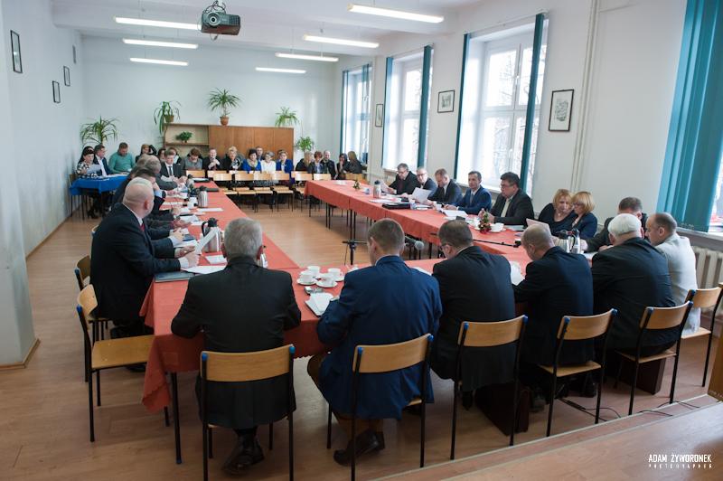 Sesja Rady Powiatu Żagań 30.12.2014r