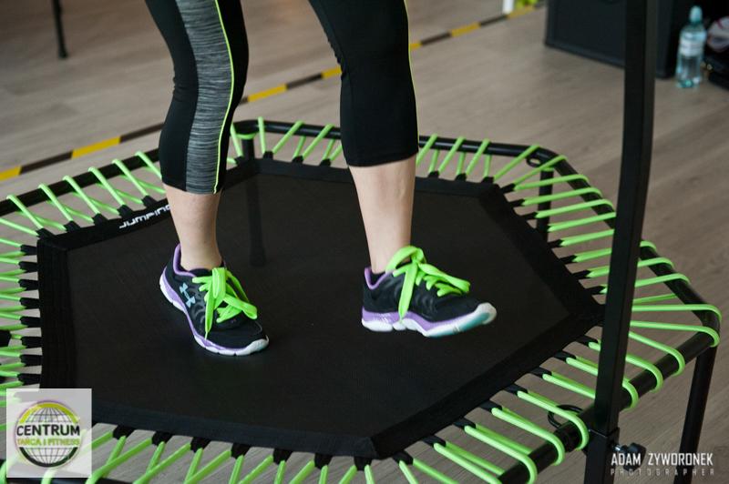 Jumpnig Frog Fitness na trampolinach W CENTRUM TAŃCA I FITNESS CTIF BEATA OLENCKA-DRZEWIECKA