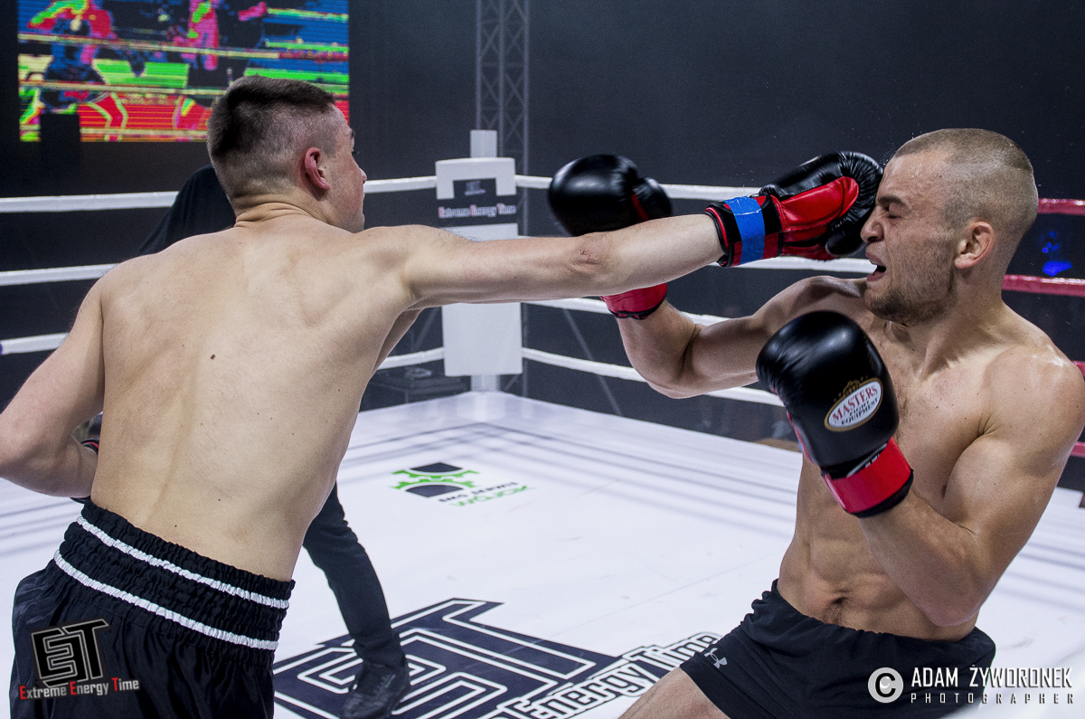 Extreme Energy Time walka 6-67 kg: Fabio Di Lalla (KGHM Metraco Armia Polkowice) vs. Artsem Busarau (Białoruś)