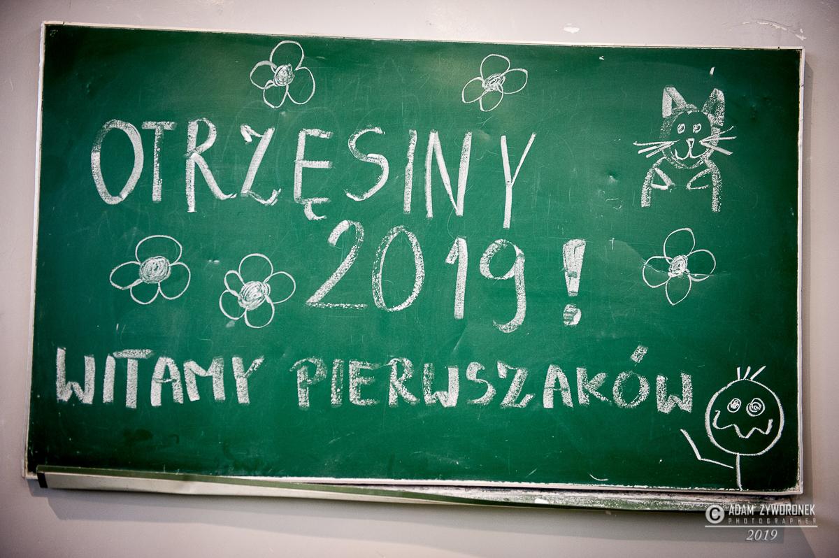 """""""ZSTiL Żagań"""" Otrzęsiny klas 1 -gr.1"""